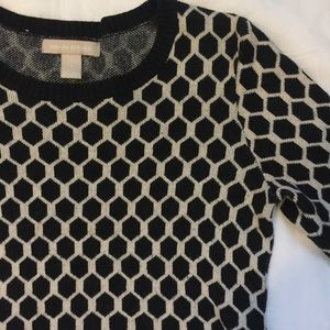 Banana republic black & white long sleeve small